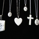 6 assorted pendants